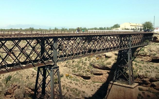 Puente de hierro de Baúl, que funcionó de 1907 a 1984.