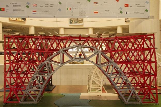 Uno de los puentes construidos.
