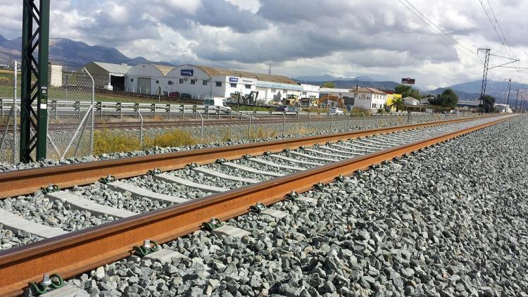 La línea, aún en construcción, tiene 124 kilómetros.