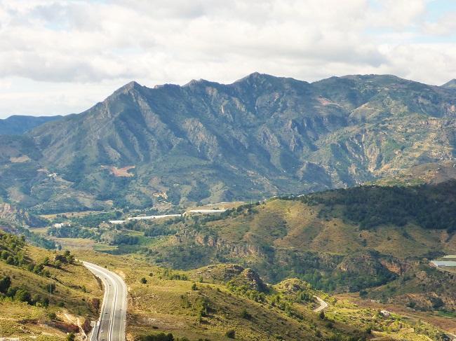 El colectivo alerta del impacto que generaría en uno de los paisajes más sobresalientes de la comarca.