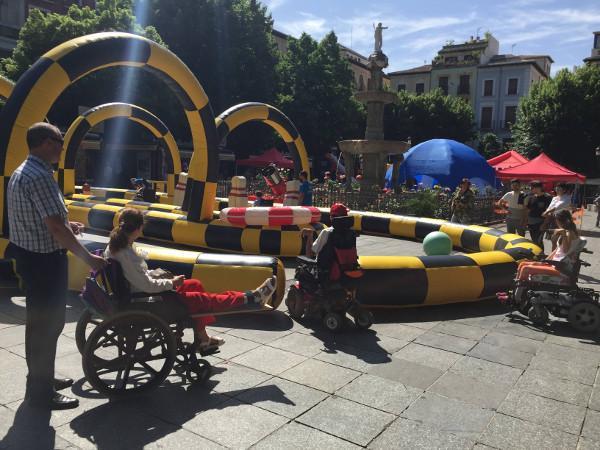 Los juegos son accesibles a cualquier niño con discapacidad.