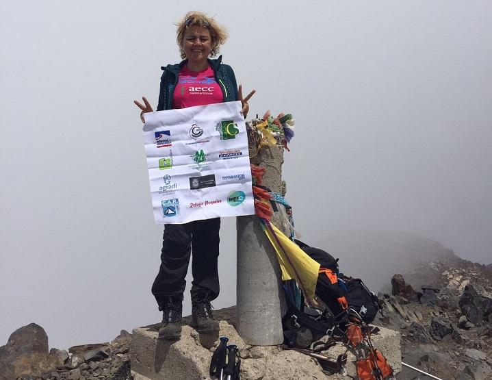 María Teresa Rodríguez, en la cima del Posets.