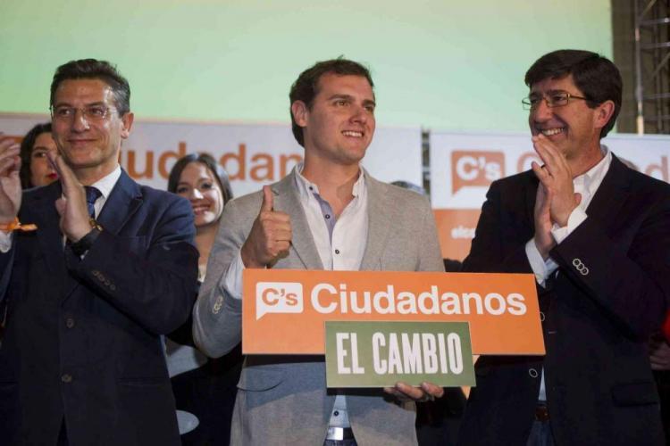 Salvador, Rivera y Marín, en Granada antes de las autonómicas.