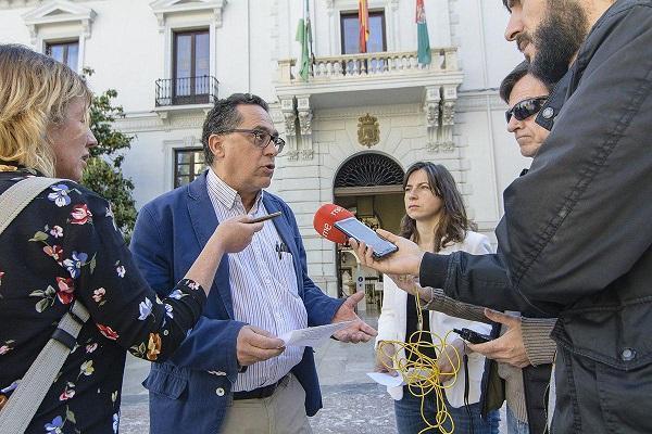 Daponte y Gutiérrez en una atención a medios.