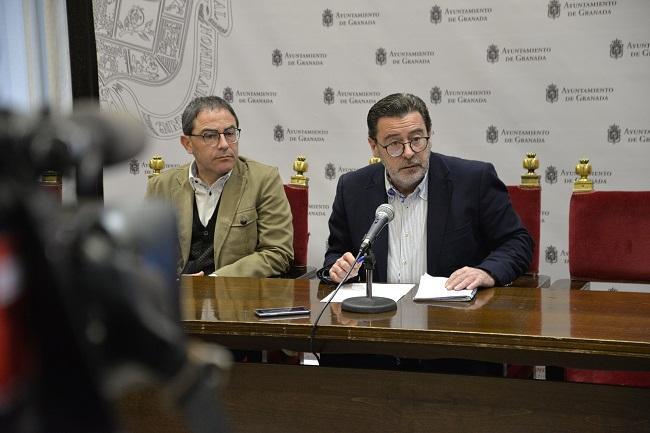 Baldomero Oliver y Miguel Ángel Fernández Madrid, este lunes en rueda de prensa.