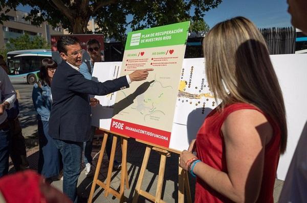 Cuenca, este miércoles explicando su proyecto.