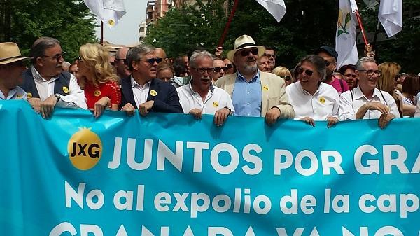 Cabecera de la manifestación en defensa de la capitalidad judicial.