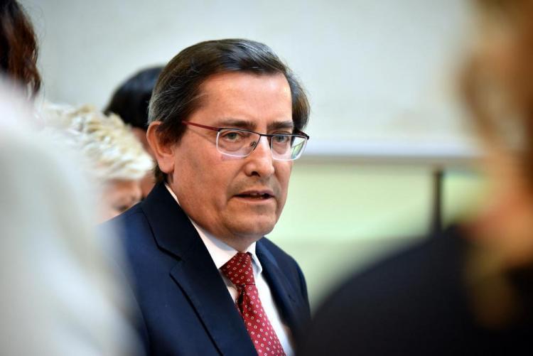 El presidente de la Diputación, José Entrena.