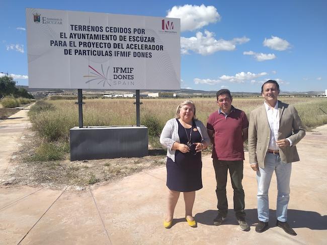 Visita socialista a los terrenos cedidos por Escúzar para el IFMIF-DONES.