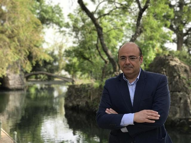 Sebastián Pérez.