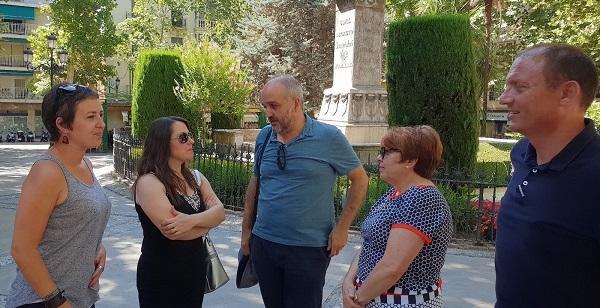 Jesús de Manuel con otros de los candidatos granadinos del equipo de Isabel Franco.