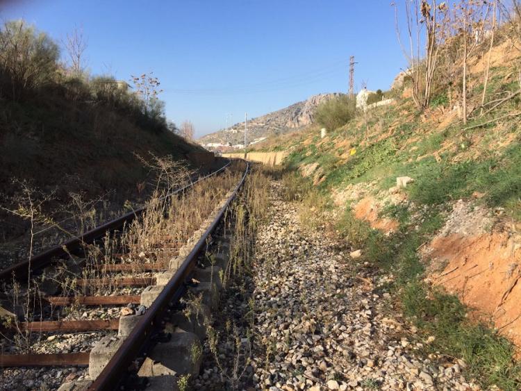 Granada lleva 21 meses aislada por tren.