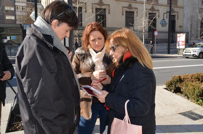 María del Carmen Pérez atiende a los periodistas este miércoles.