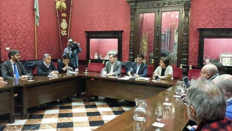Reunión del comité ejecutivo de la Mesa del Ferrocarril.