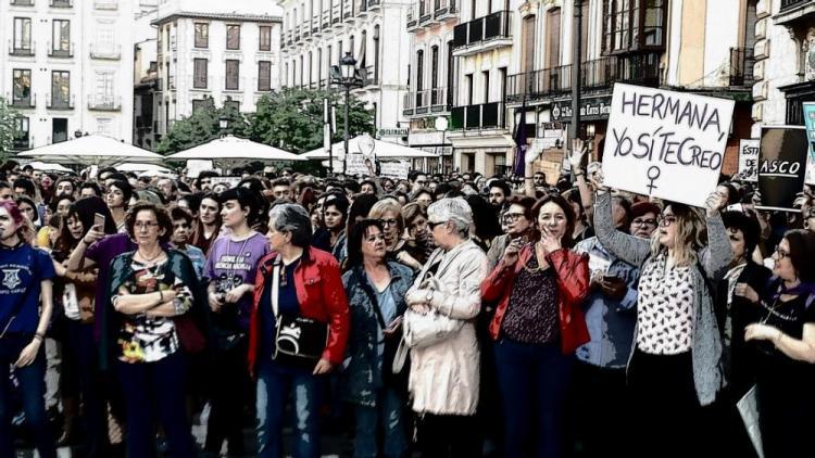 Imagen de una de las concentraciones que expresaron la indignación por la sentencia de La Manada.