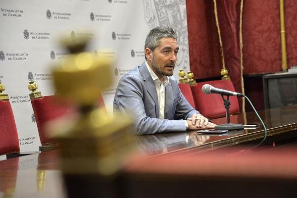 Manuel Olivares, este lunes en rueda de prensa.