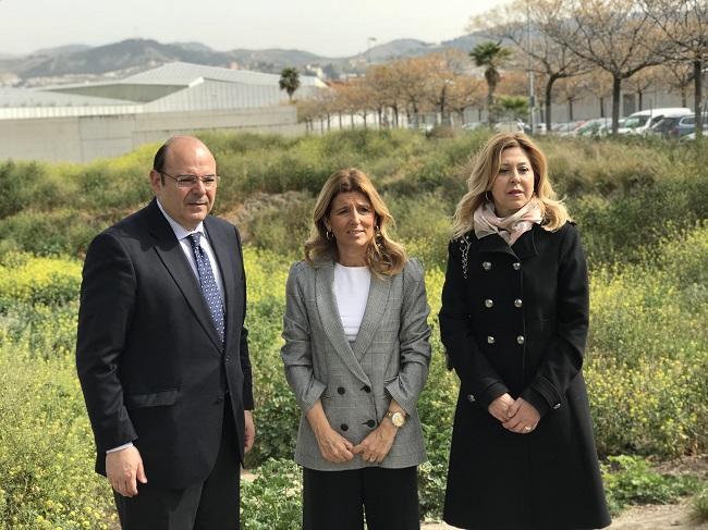 Sebastián Pérez con Eva Martín y Josefa Rubia.