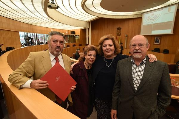 La diputada de Cultura con representantes de Ciudadanos y Vamos Granada Provincial.