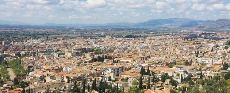 Granada, amenazada por el pujante eje geopolítico Sevilla-Málaga.