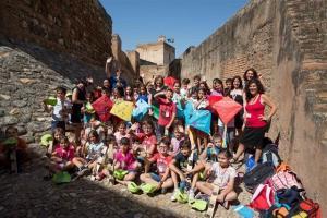 Visita de escolares a la Alhambra.