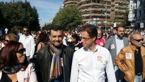 Antonio Maíllo y Manuel Morales en la manifestación del domingo.