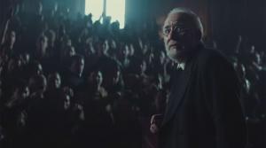 Miguel de Unamuno, interpretado por Karra Elejalde, en un fotograma de 'Mientras dure la guerra', de Alejandro Amenábar.