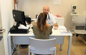 Una paciente, en una de las nuevas consultas.