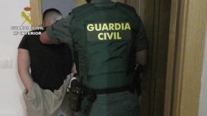 Detención de uno de los miembros de la banda.