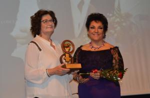 Antonina Rodrigo con María Martín, en los Premios 8 de Marzo de Izquierda Unida.