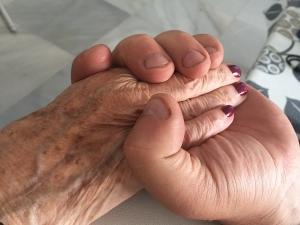 Este 21 de septiembre, Día Mundial del Alheimer, recordamos a las personas enfermas y a las personas cuidadoras.