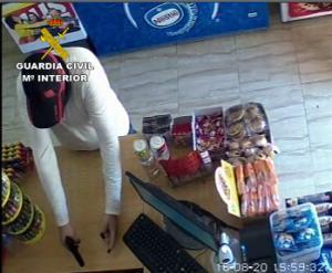 Imagen captada por la cámara de seguridad del establecimiento.