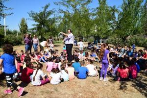 Charlas y talleres para acercar a los escolares el mundo de las aves.