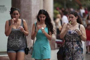 Las temperaturas máximas y mínimas han estado cinco grados por encima de la media habitual en Granada.