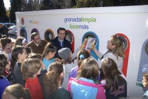 La iniciativa se ha presentado en el CEIP Sierra Nevada.