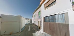 Calle Capitán Casado en Pinos Puente.