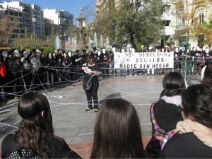 Imagen de archivo de una concentración para reclamar ni una persona sin hogar.