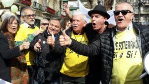 Representantes de la Marea Amarilla y Granada En Marcha con Antonio Arias.