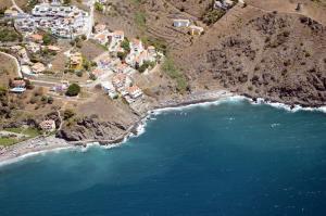 Playa de Currumbico, zona donde se produjo el vertido.