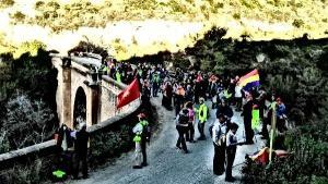 Imágenes de la marcha que cada año que recuerda a La Desbandá.
