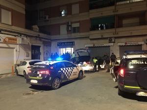 Operativo policial desplegado tras la detención.