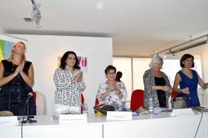 De izqda. a dcha., Inmaculada Hernández, Mercedes Díaz, Mercedes Casado, María Escudero y Cristina Molina Reyes.
