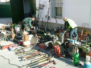 Entre los efectos recuperados hay un sinfín de herramientas y máquinas.