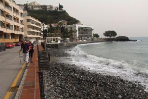 El temporal se ha llevado por delante la playa de Cotobro.