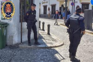 El detenido fue puesto a disposición del Grupo de Menores de la Policía Judicial.