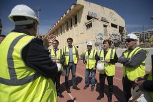 La delegada del Gobierno y el alcalde en la visita a las obras.