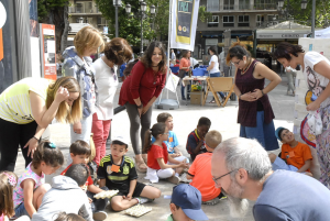 La concejala de Derechos Sociales, en la Feria del Reciclaje.