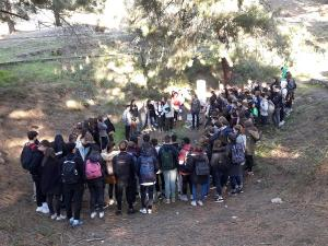 Los estudiantes franceses en la fosa de Víznar.