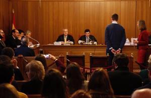 El denunciante, durante el juicio.
