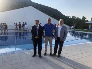 La piscina, de nuevo a disposición del vecindario.