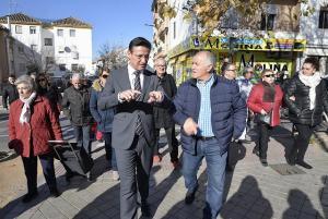 El alcalde y el presidente de la asociación de vecinos, José Fernández Ocaña.